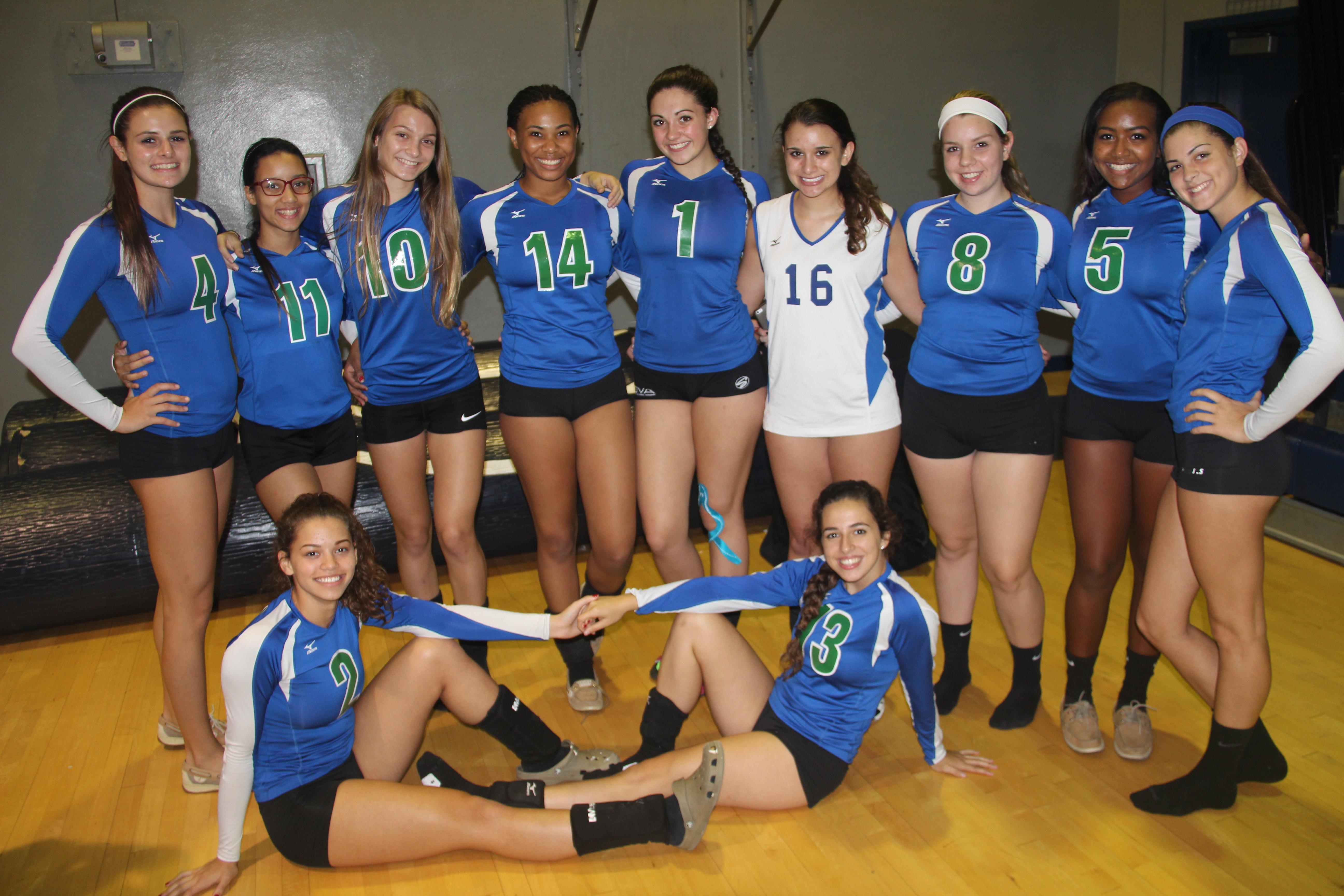 teen high school girls volleyball